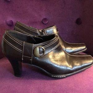 Aerosoles 8M shoes